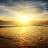 海洋上的日出 — 图库照片