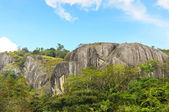 Mountains and blue sky in Sri Lanka — Foto de Stock