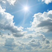 Sun on blue sky  — Stock Photo