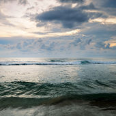 Seascape on background of cloudy sky — Stock Photo