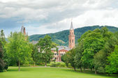 City park with lawns and castle — Stock Photo