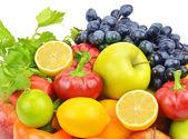 Ensemble de fruits et légumes — Photo