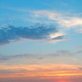 在云层中美丽的日出 — 图库照片