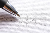 Electrocardiogram graph — Stock Photo