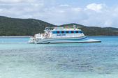 Tropical catamaran excursion — Stock Photo