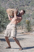 Boulder lifting — Stock Photo