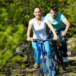 Two cyclists — Stock Photo
