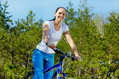 Fahrrad fahren — Stockfoto