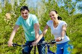 一緒にサイクリング — ストック写真