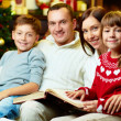 Family on xmas — Stock Photo