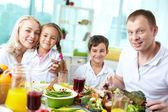 Enjoying Thanksgiving meals — Stock Photo