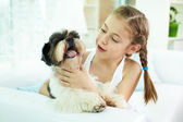 Kid with dog — Stock Photo