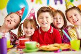 Crianças felizes — Foto Stock