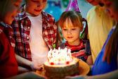 Verjaardag dessert — Stockfoto