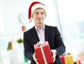 Giving present — Stock Photo
