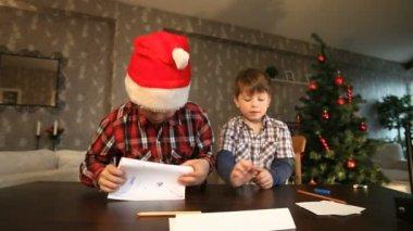 Envio de carta de natal — Vídeo Stock