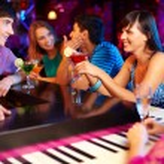 Friends in bar — Stock Photo #19223109