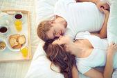 Sover tillsammans — Stockfoto