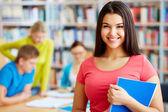 Student mit copybook — Stockfoto
