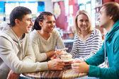 Amici in caffè — Foto Stock