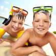 Siblings on beach — Stock Photo