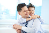 Embracing father — Foto de Stock