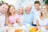 Vriendelijke familie — Stockfoto