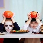 Halloween twins — Stock Photo