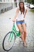 Pretty cyclist — Stock fotografie