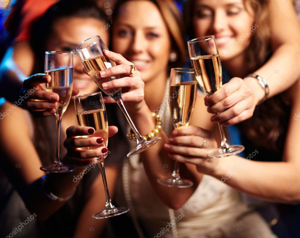 http://st.depositphotos.com/1594308/2987/i/950/depositphotos_29876323-Have-a-drink.jpg