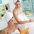 Networking in spa salon — Stock Photo #31213815