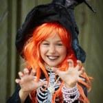 Halloween girl — Stock Photo