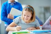 Girl drawing — Stockfoto