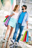 Couple shopping in the mall — Stock Photo