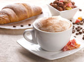 Simple breakfast — Stock Photo