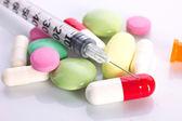 Medication and insulin syringe — 图库照片
