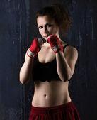 Młoda kobieta bokser — Zdjęcie stockowe