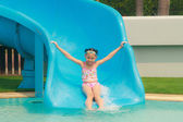 Girl in the pool — Stockfoto