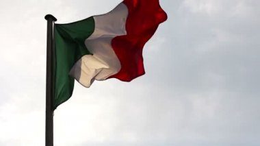 A Italian flag in the wind — Stock Video