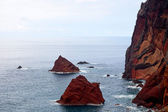 Red rocks on the island of Madeira — Stock Photo