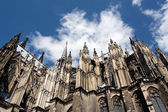 Cologne Cathedral against the blue sky — Stock Photo