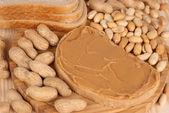 хлеб с арахисовое масло — Стоковое фото