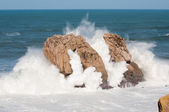 Big waves breaking against the rocks, Urros, Cantabria, Spain — Stock Photo