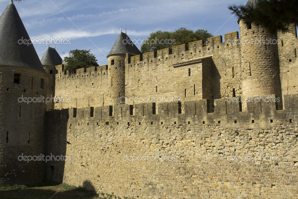 Carcassonne-citadel, fortress, palace Viscount and Trankaveley. — Stock Photo #15772129