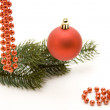 Christmas ball with bead chain — Stock fotografie