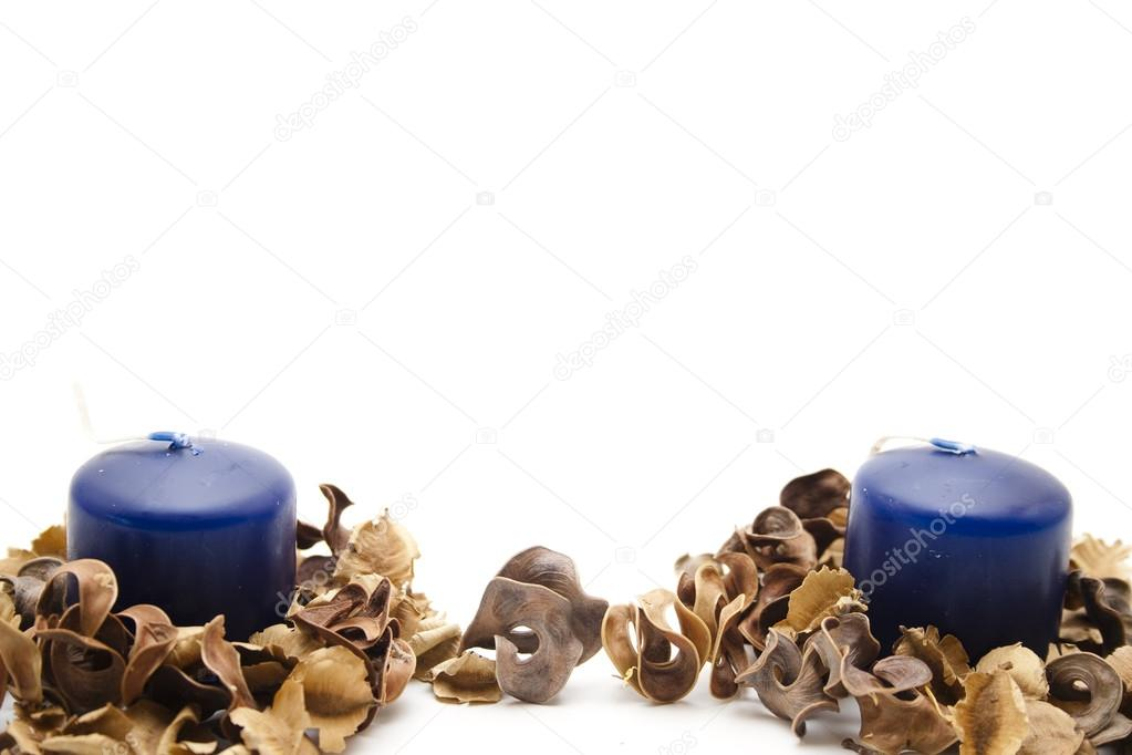Candles of perfume and potpourri — Stock Photo #14990177