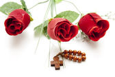 Red roses with Chaplet — Stock Photo