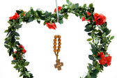 Wooden cross with rose — Foto Stock