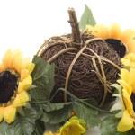 Strohball mit Sonnenblume — Stock Photo #15619963