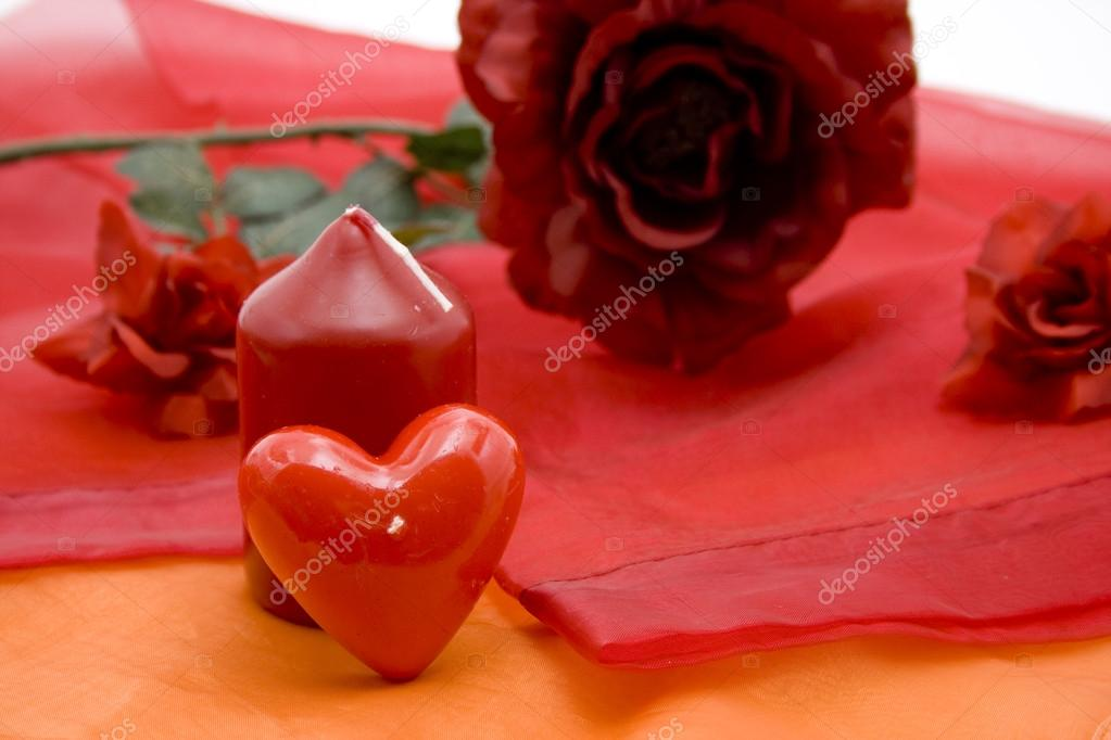 Candles with rose and tablecloth — Stock Photo #15726753